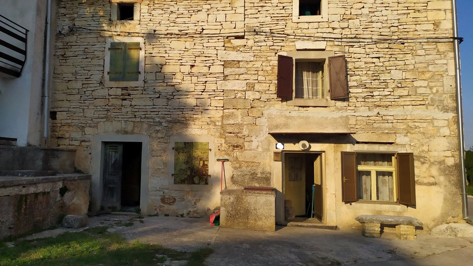 Stone Istrian house between Bale and Rovinj