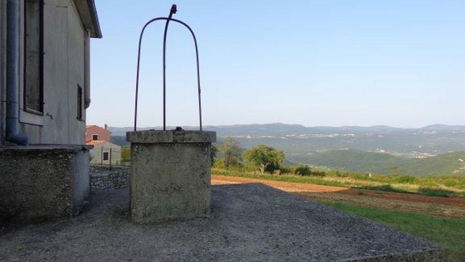 Big Land near Rovinj  ideal for touristic resort